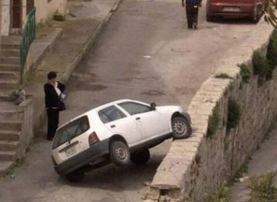 1287365458_women_cars_13.jpg